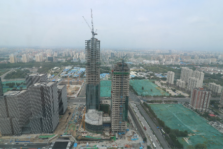 丽泽商务区平安幸福中心项目主体结构封顶