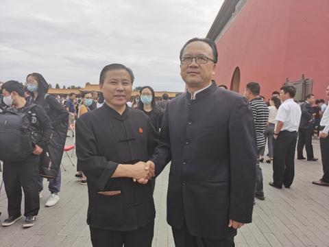 中国工艺美术大师吴海龙应邀参加故宫博物院六百周年庆典