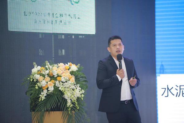 中国陶瓷工业协会瓷砖美缝技术专业委员会会长王中渠