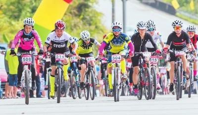 永定举办自行车爬坡赛