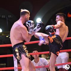 12位拳手在福州展开对决 为拳迷带来视觉盛宴