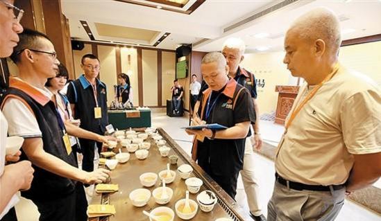 """合力推动两岸茶产业发展 首届""""妈祖杯""""两岸民间斗茶赛决赛在湄洲岛举行"""