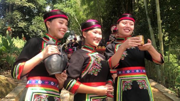 宁德市八都镇猴盾村:载歌载舞、品美食、享文化,共度畲族风情