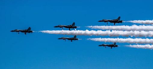 中国海军深度揭秘飞行员招选培养全过程